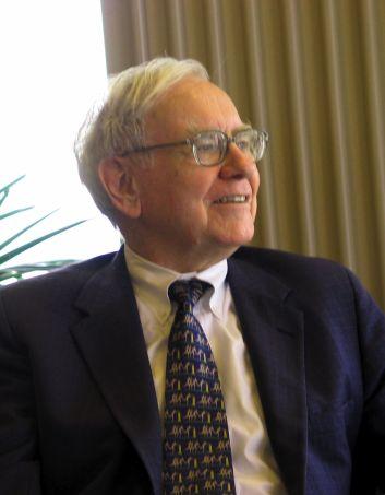 Warren Buffett KU Visit 750x914 วิธีจัดการความเครียด จาก 9 นักบริหารและผู้ก่อตั้ง ตัวท็อประดับโลก
