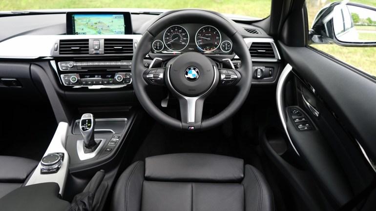ซื้อรถใหม่ยังไงให้รู้ทันเซลล์ 10 ทริคน่ารู้ก่อนตัดสินใจซื้อรถ 25 -