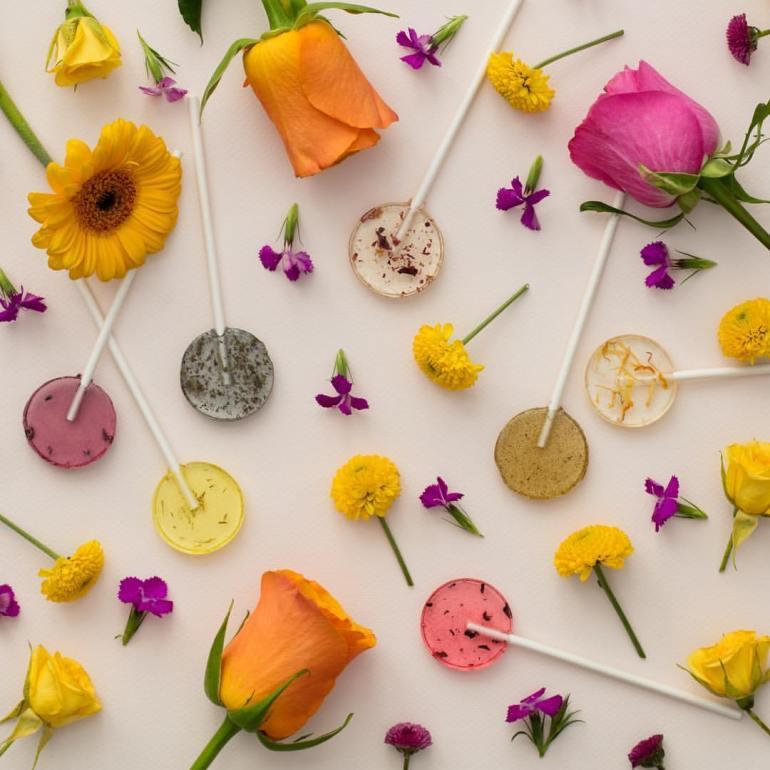 "Amborella Organics ""อมยิ้มห่วงใยโลก"" สีหวาน ปลูกได้ เบ่งบานเป็นต้นสมุนไพร 16 - Amborella Organics"