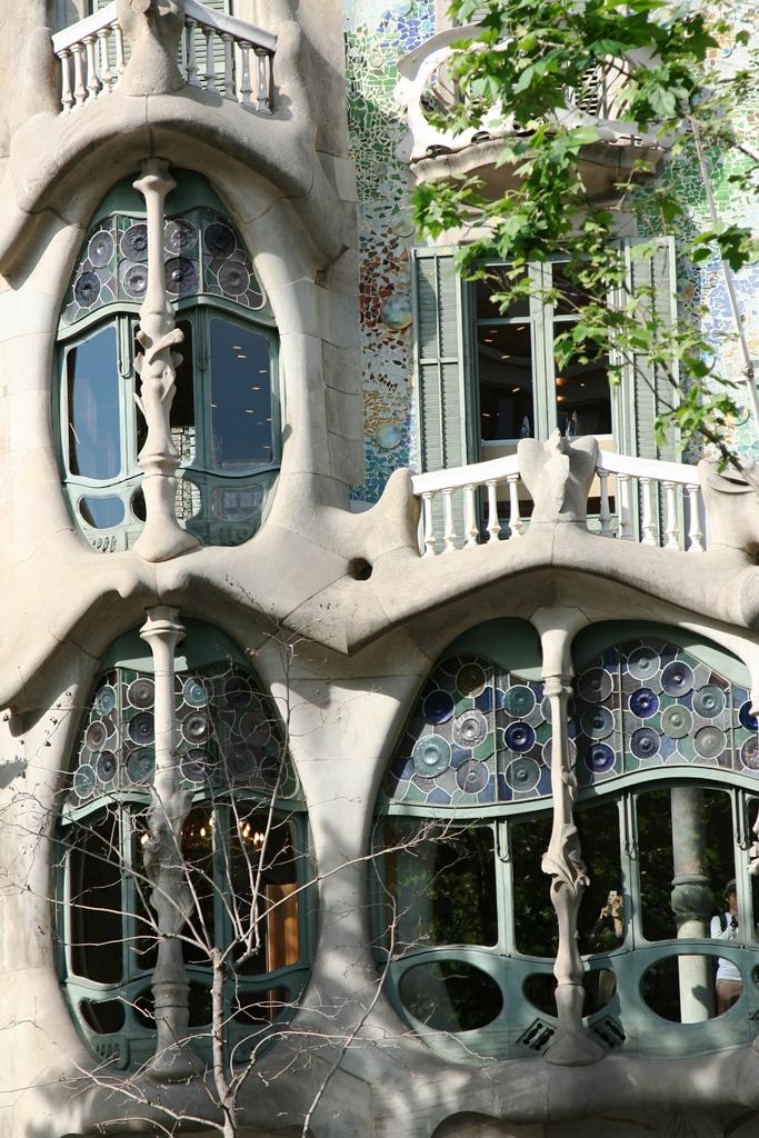 """""""บาร์เซโลน่า"""" เมืองของ """"เกาดี้"""" สถาปนิกผู้รังสรรค์ผลงานที่เลียนแบบธรรมชาติสู่ """"มรดกโลก"""" 31 - Casa batllo"""