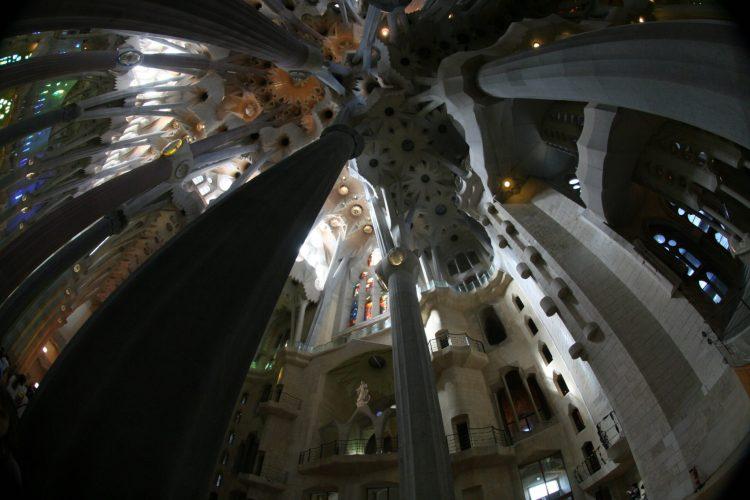 """""""บาร์เซโลน่า"""" เมืองของ """"เกาดี้"""" สถาปนิกผู้รังสรรค์ผลงานที่เลียนแบบธรรมชาติสู่ """"มรดกโลก"""" 19 - Casa batllo"""
