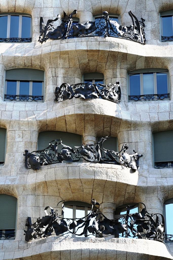 """""""บาร์เซโลน่า"""" เมืองของ """"เกาดี้"""" สถาปนิกผู้รังสรรค์ผลงานที่เลียนแบบธรรมชาติสู่ """"มรดกโลก"""" 33 - Casa batllo"""