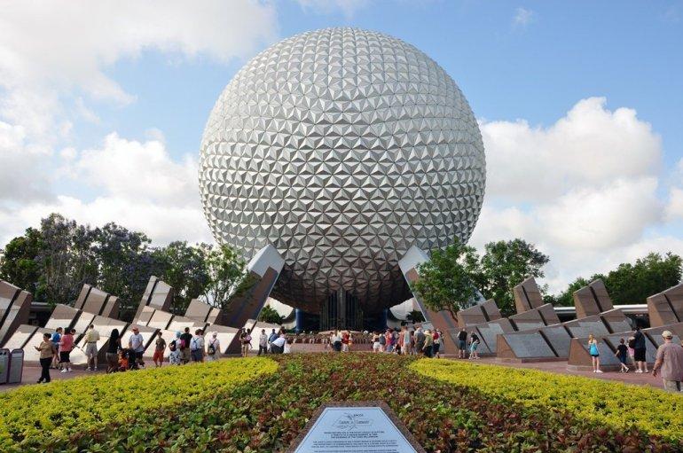 """ความเป็นมาของ """"สวนสนุกดีสนีย์แลนด์"""" สวนสนุกที่ความสนุกไม่มีวันเสร็จสิ้น 24 - Disney"""