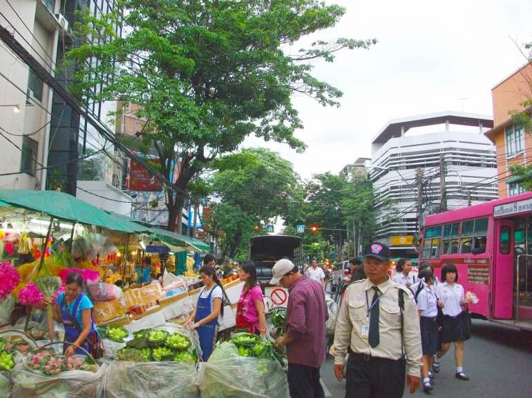 บีทีเอสสายสีลมยังเจอ!! คอนโดแนว BTS สายตรงถึงสยามในงบ 2 ล้าน 32 - AP (Thailand) - เอพี (ไทยแลนด์)