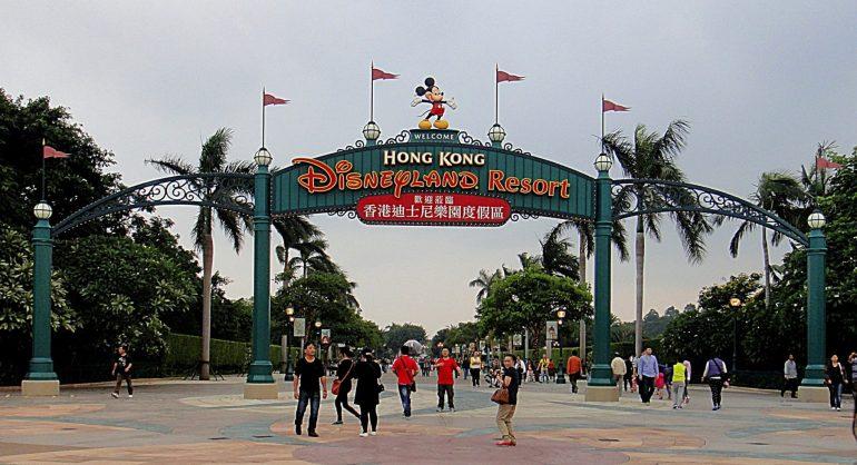 """ความเป็นมาของ """"สวนสนุกดีสนีย์แลนด์"""" สวนสนุกที่ความสนุกไม่มีวันเสร็จสิ้น 29 - Disney"""