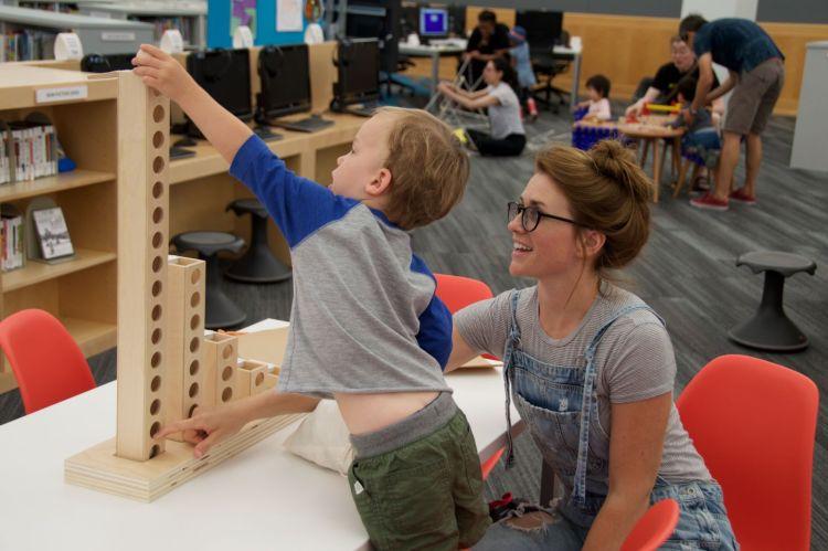 02 1 750x499 Wood Toy ของเล่นไม้สอนพื้นฐานการเขียนโปรแกรม พัฒนาลูกน้อยสู่ยุคดิจิตอล