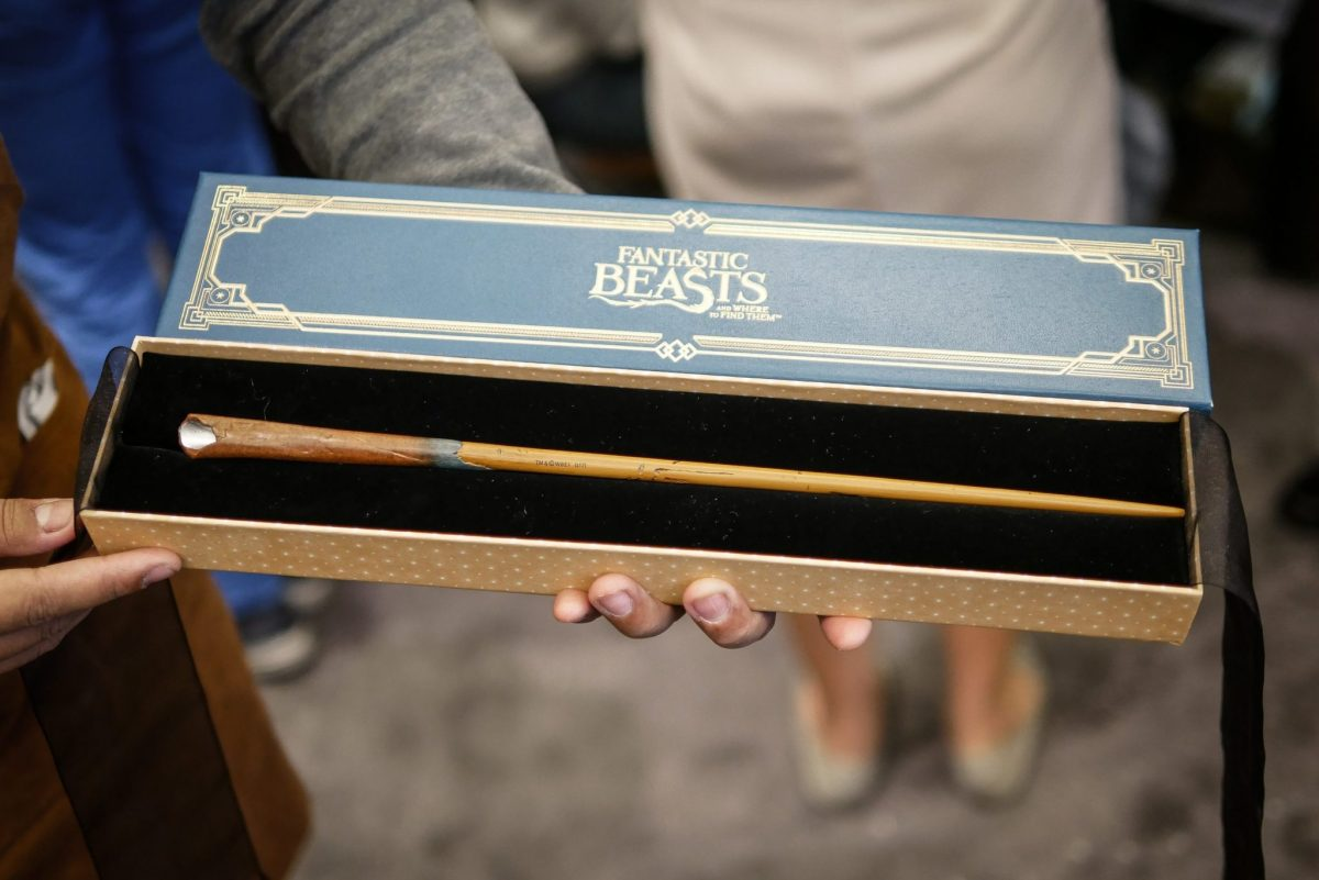 harrypotter wand fantasticbeasts1 11 ไม้กายสิทธิ์ แฮร์รี่ พอตเตอร์ ราคา ที่งาน สยามพารากอน #HarryPotterThailand  Harry Potter Paragon