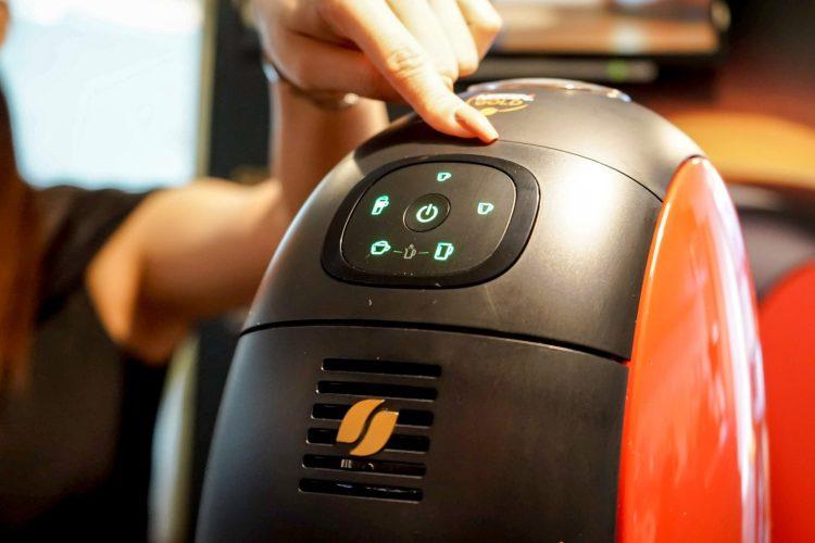 บังเอิญชิม NESCAFÉ GOLD BARISTA แก้วละแค่ 3 บาท เครื่องก็ได้ฟรี ใครมีออฟฟิศคุ้มมาก จัดเลย 27 - Coffee