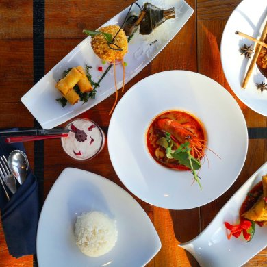 สัมผัสมนต์เสน่ห์ของอาหารไทยต้นตำรับสไตล์โมเดิร์นระดับไฮเอนด์ ณ บางกอก ไฮทส์ โรงแรมเดอะคอนทิเน้นท์ กรุงเทพ 15 -