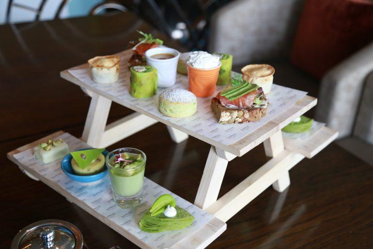 ความอร่อยที่มาพร้อมกับความเฮลท์ตี้ 'ชุดน้ำชายามบ่าย อะโวคาโดไฮที' เซสท์ บาร์ แอนด์ เทอร์เรส โรงแรม เดอะ เวสทิน แกรนด์ สุขุมวิท 13 -