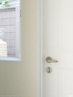 ประตูหลังบ้านล็อค 2 ชั้น