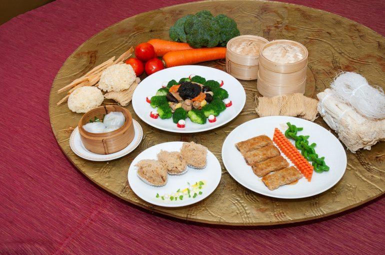ต้อนรับเทศกาลกินเจ ลิ้มรสอาหารเจหลากหลายเมนู ณ ห้องอาหารซิลค์ โร้ด, โรงแรม ดิ แอทธินี โฮเทล แบงค็อก, อะ ลักซ์ชูรี คอลเล็คชั่น โฮเทล 13 -