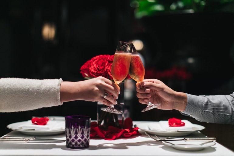 เฉลิมฉลองเทศกาลแห่งความรัก ที่โรงแรมแกรนด์ ไฮแอท เอราวัณ กรุงเทพฯ 13 -