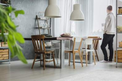 dining-room-with-concrete-wall-P42RYNC