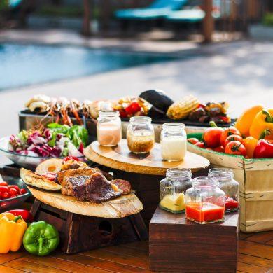 อิ่มอร่อยคลายร้อน กับบาร์บีคิวปาร์ตี้ ริมสระ ณ โรงแรมสวิสโฮเต็ล กรุงเทพฯ รัชดา 14 -