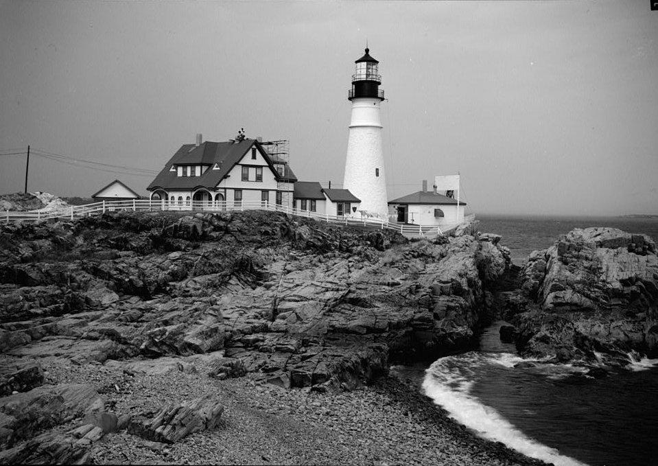 รีวิว บุราสิริ ปัญญาอินทรา บ้านเดี่ยวสวยสไตล์ New England Colonial ส่วนกลางกว่า 13 ไร่โดย SANSIRI 24 - burasiri