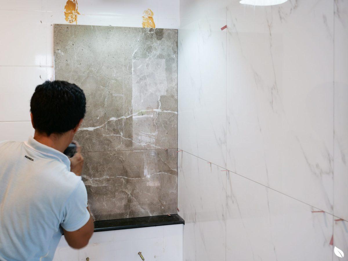"""4 ขั้นตอน """"รีโนเวทห้องน้ำขนาดเล็ก"""" ให้สวยใหม่ จบงานไวใน 2 วัน แบบปูกระเบื้องทับ ไม่ต้องรื้อ 41 - bathroom"""