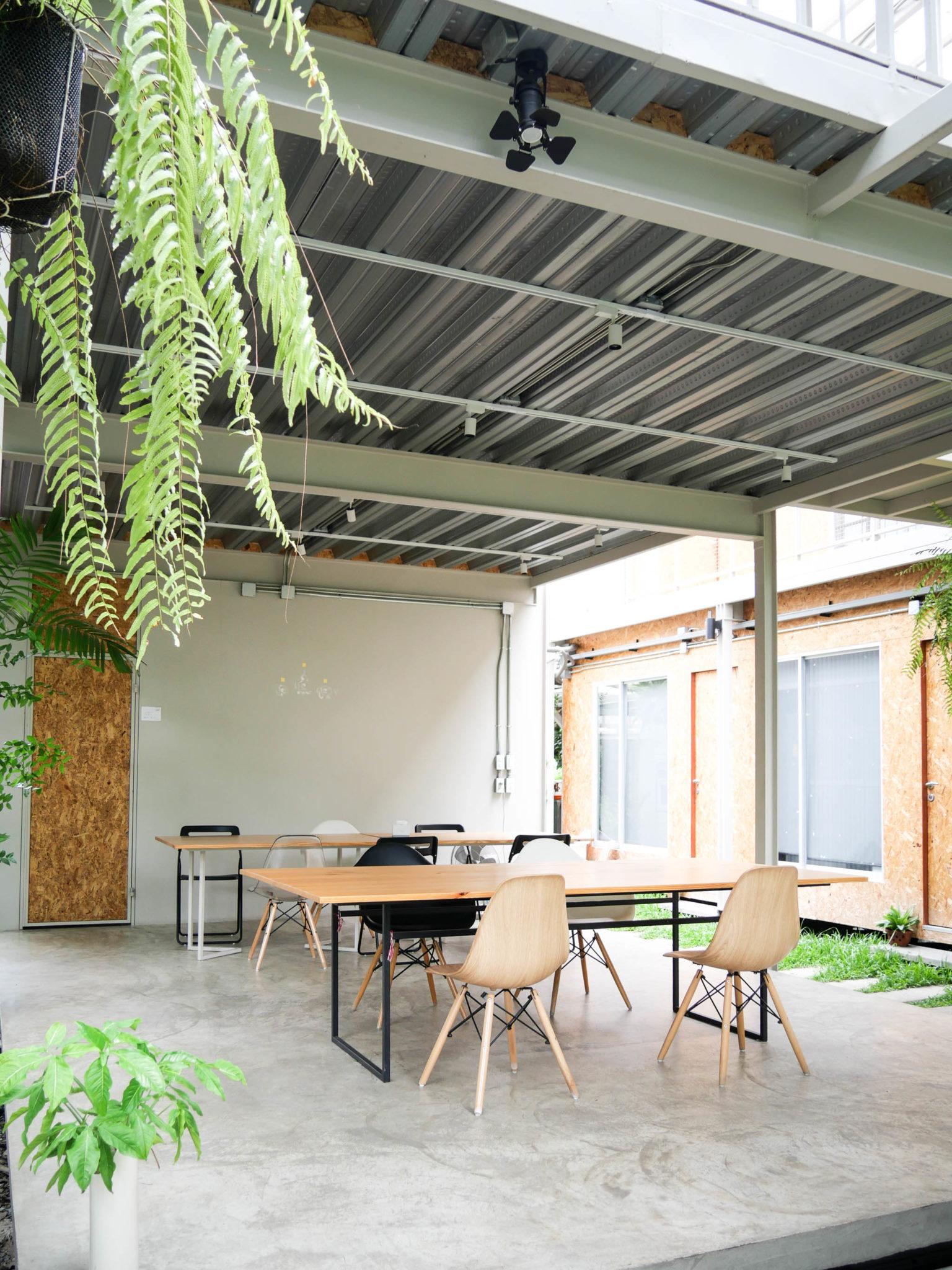 "7 Simply Creative Cafe & Bar ในย่านไลฟ์สไลต์สุดฮิป กับ 24 Hr. Co-Working Space กลาง New Interchange ""รัชดา - ลาดพร้าว"" 16 - cafe"