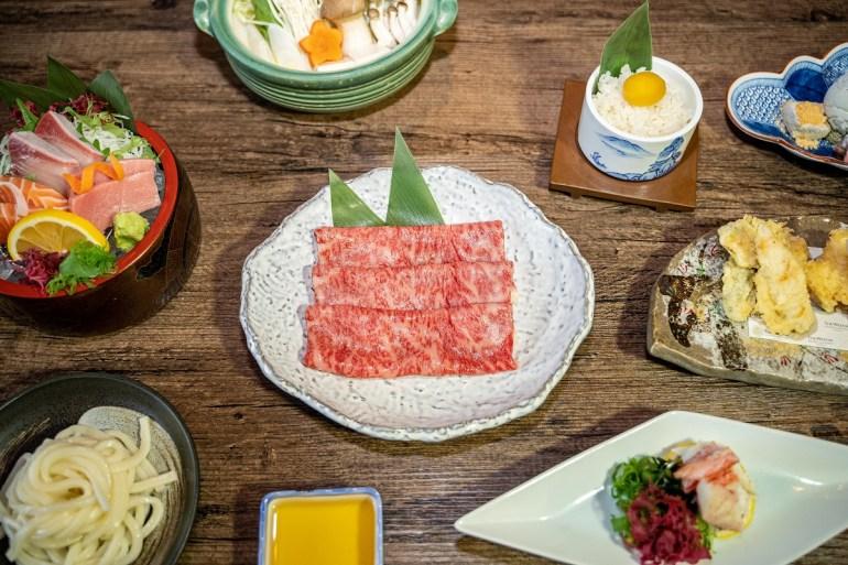 นำเสนอของดีแดนปลาดิบด้วยเมนูปลากินดาระและเนื้อฮิดะ ห้องอาหารญี่ปุ่น คิสโสะ โรงแรม เดอะ เวสทิน แกรนด์ สุขุมวิท 13 -