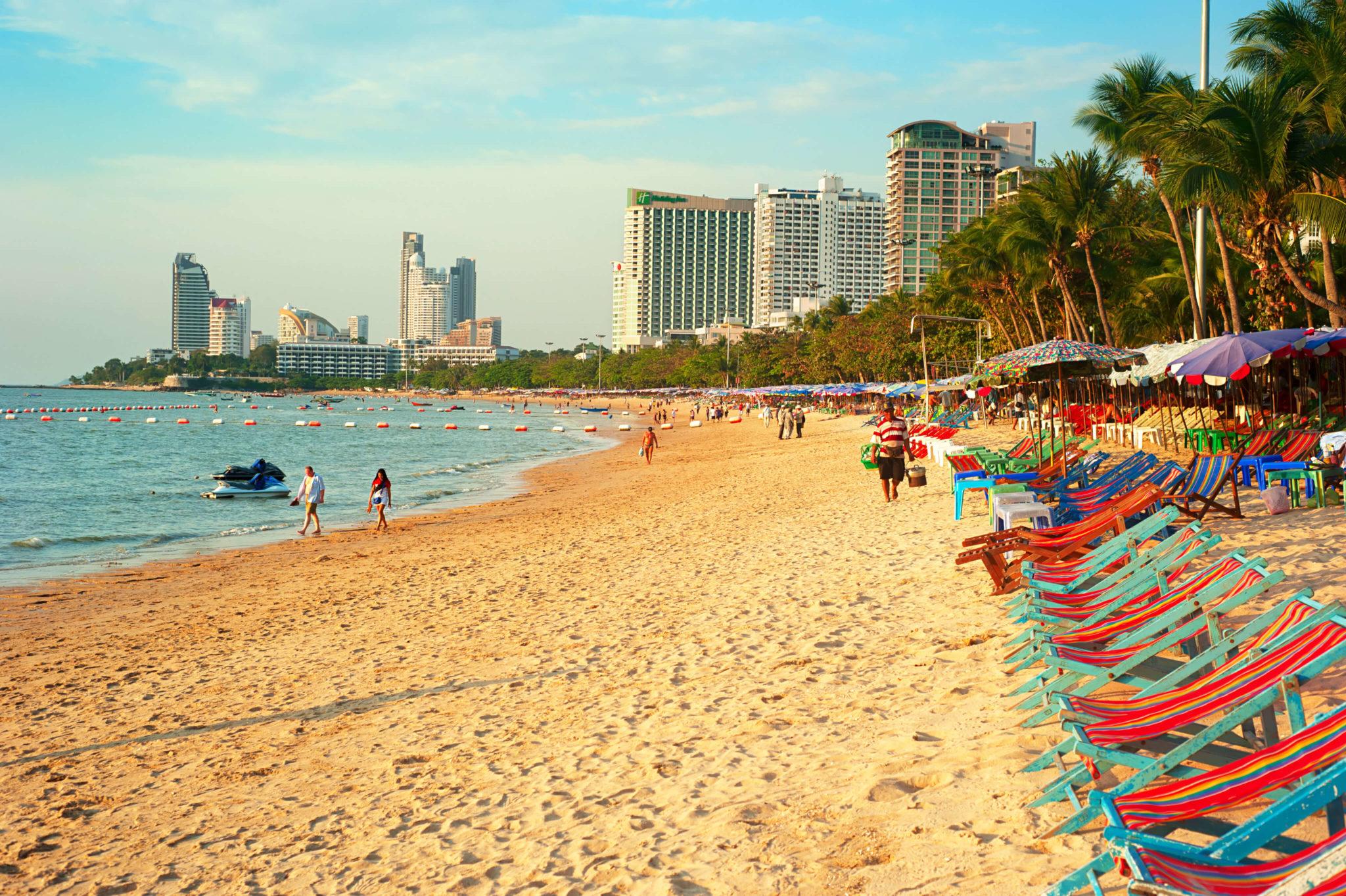 7 ชายหาดทะเลพัทยา ที่ยังสวยสะอาดน่าเที่ยวใกล้กรุงเทพ ไม่ต้องหนีร้อนไปไกล ก็พักได้ ชิลๆ 184 - Beach