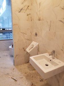 Small men's bathroom
