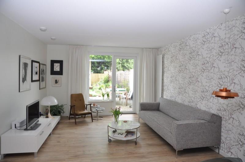 Witte Woonkamer Voorbeelden : Geverfde vloer woonkamer archidev