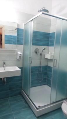 Bathroom - Hotel Paraktio Review