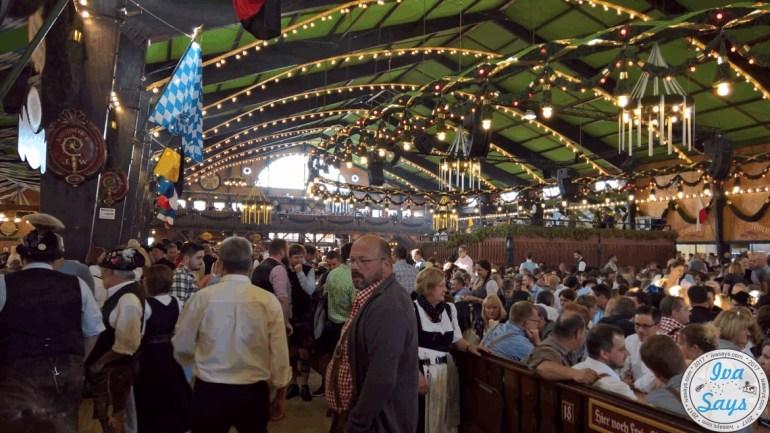 Finding Space in Tents at Oktoberfest Munich