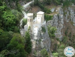 Many know it as the white castle or white stronghold in the fortress walls of the Castle of Venus (Castello di Venero), this is Castelo del Balio in Erice, Sicily.