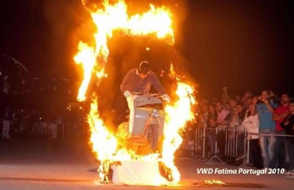 firer-jumper-vespa-world-days-fatima-portugal-ivespa