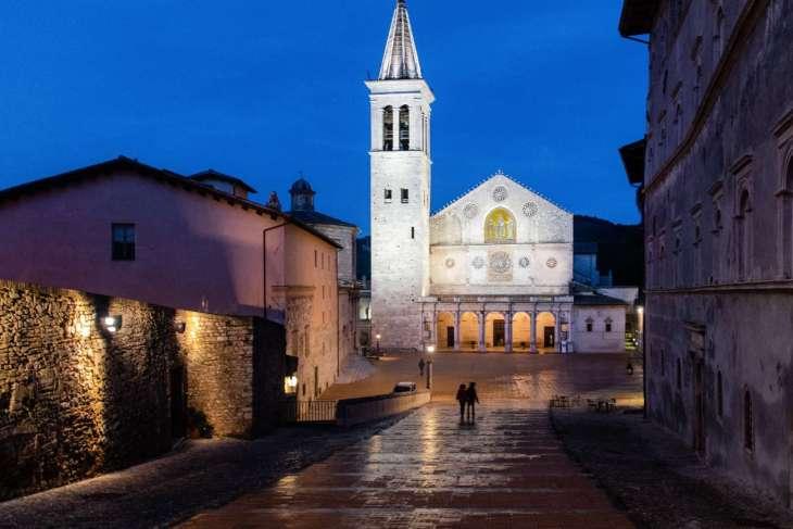 la perfezione delle proporzioni del Duomo di Spoleto