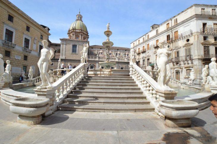 La Fontana della Vergogna di Palermo: storia dello strano nome