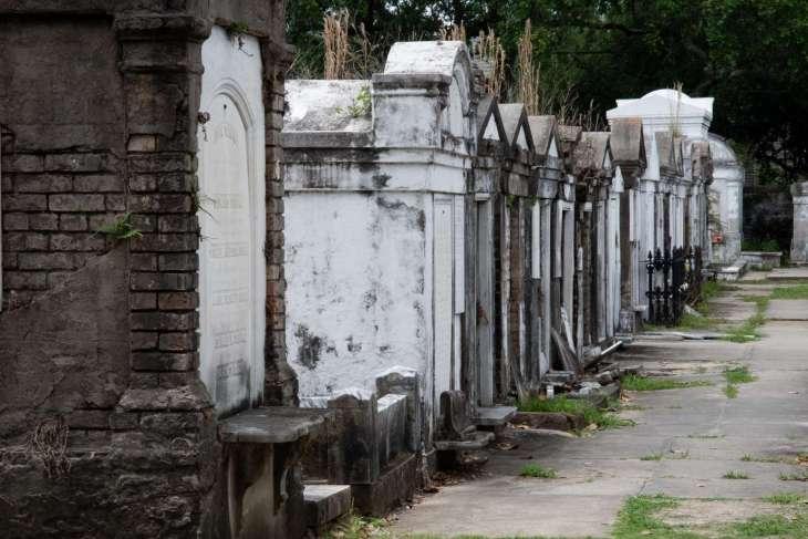 I cimiteri del Deep South, misteri, fantasmi e riti vodoo