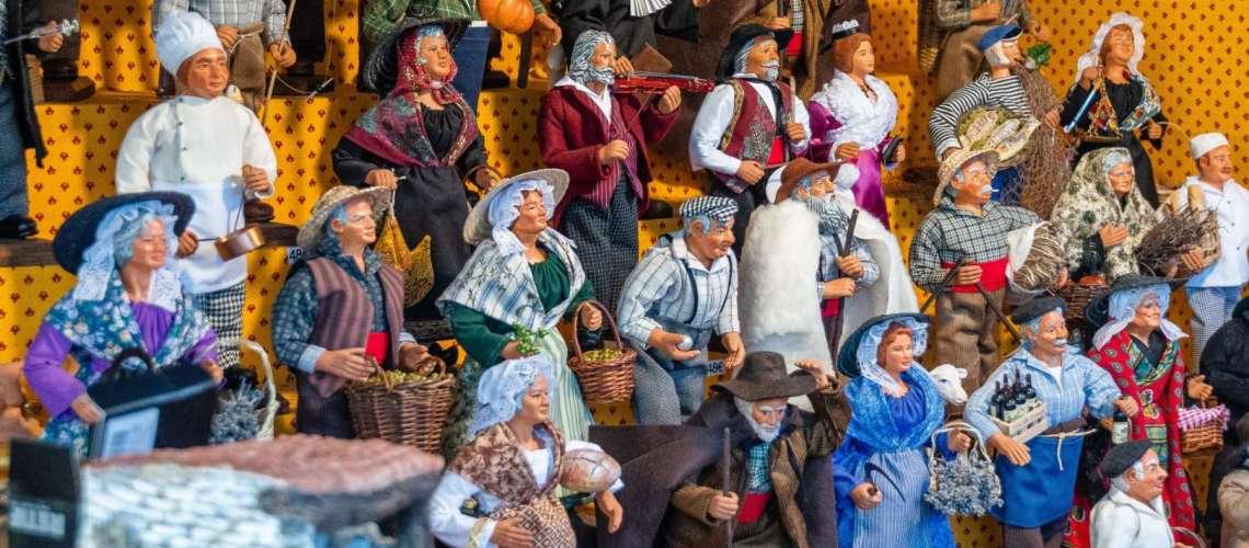 santons provenzali in un mercatino