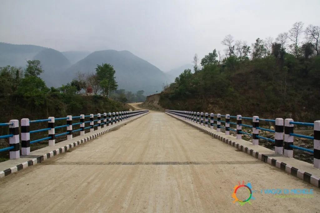 Ponte sul fiume Marsyangdi - Trekking per Manakamana
