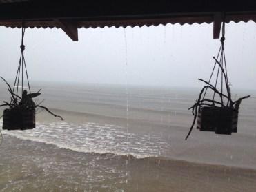 Isola di Koh Rong con la tempesta