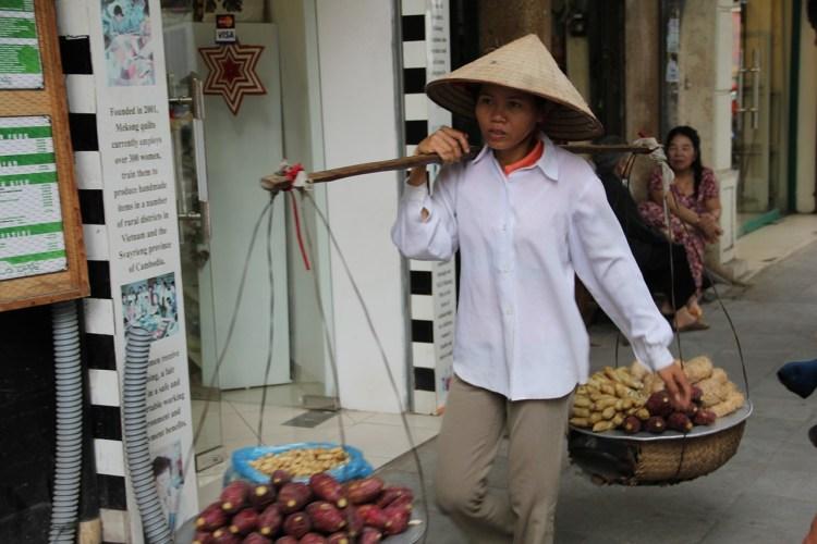 Hanoi cibo strada Vietnam