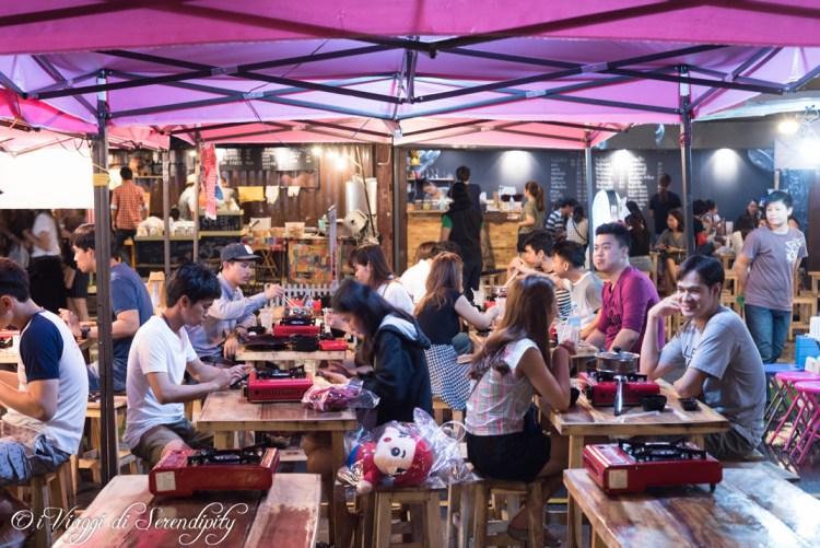 Mercato notturno Bangkok