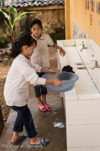 Bagni della scuola a Bieng