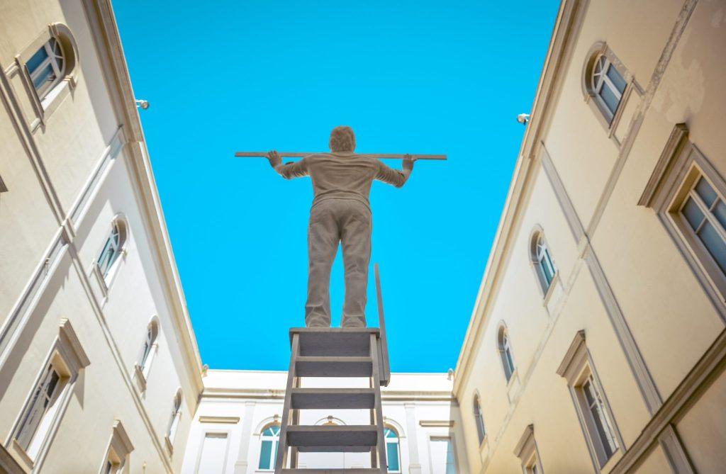 Uomo che misura le nuvole, Jan Fabre