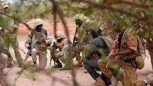 BURKINA FASO: DOUZE DÉTENUS SUSPECTÉS DE TERRORISME RETROUVÉS MORTS DANS LEURS CELLULES