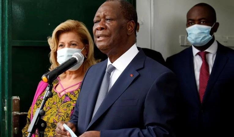 Alassane Ouattara pleur Hamed Bakayoko