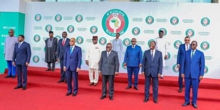 Urgent: Coup d'état en Guinée, Voici les interdictions de la CEDEAO à la CNRD