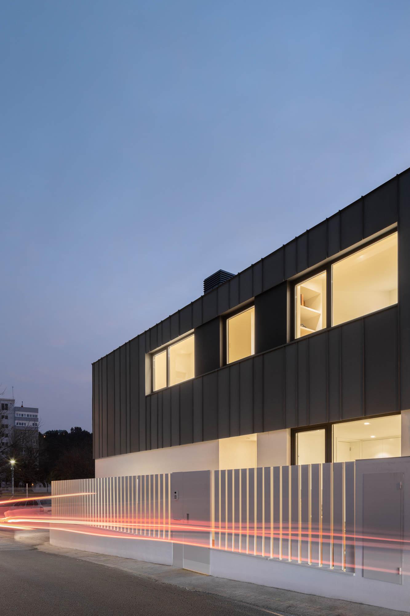 Vivienda Madreselva Em Espanha, De David Olmos Arquitectos