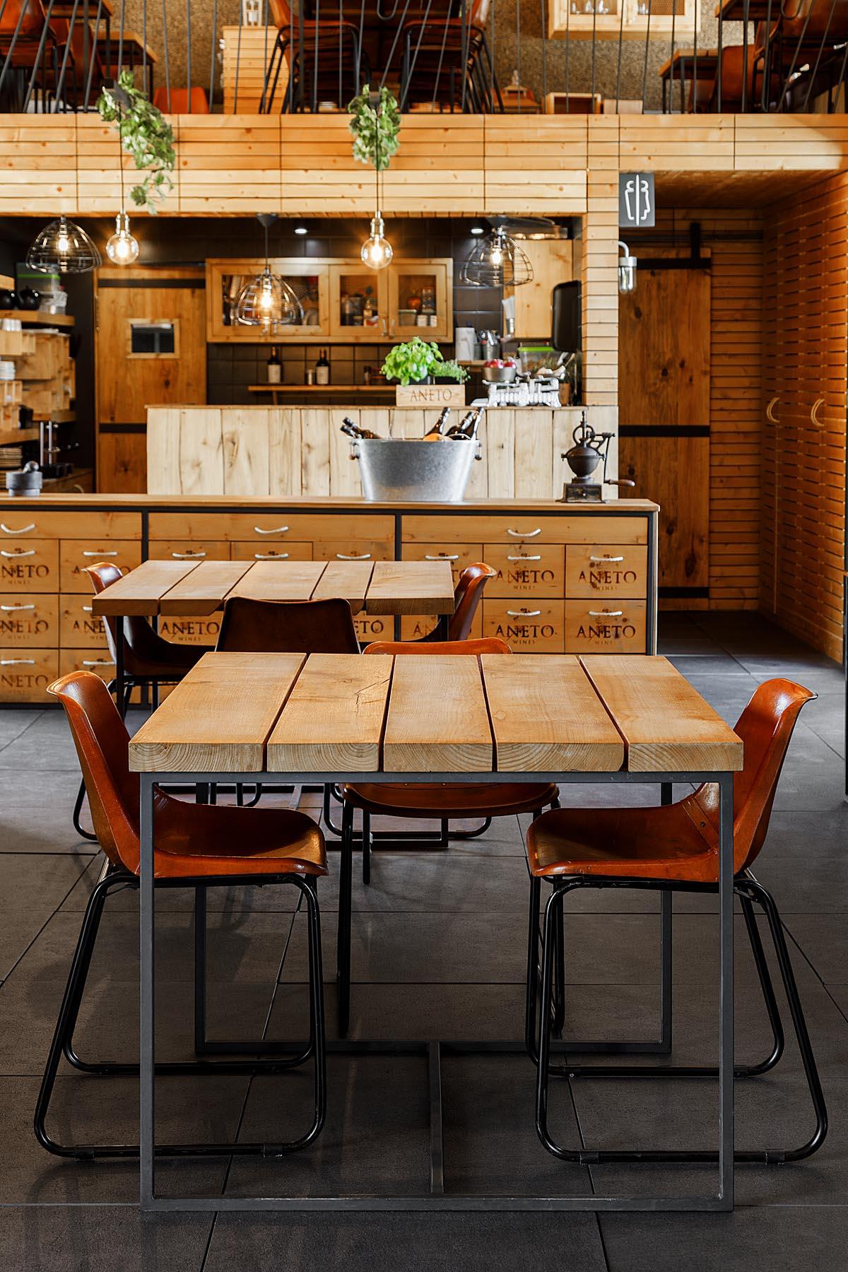 Aneto & Table restaurante na Regua, Lamego do atelier Just an Ar