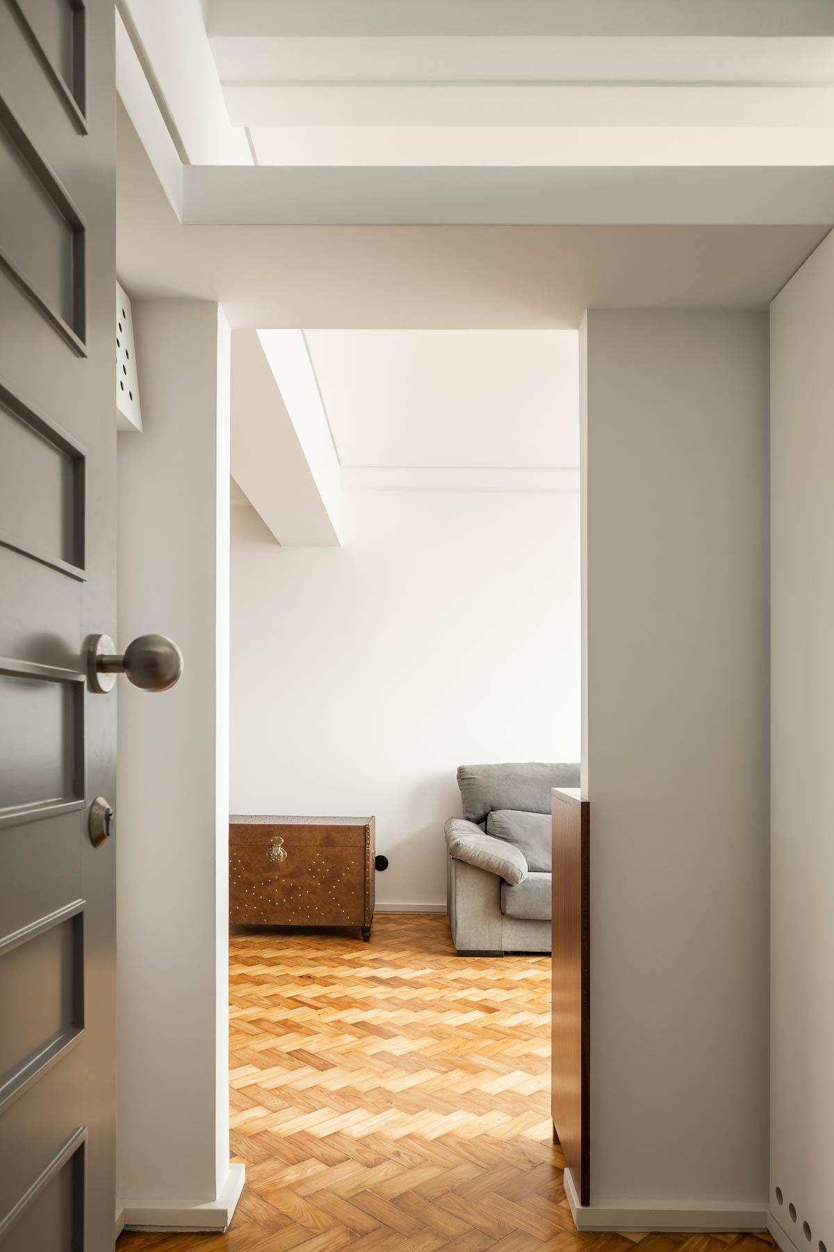 Apartamento Santos Pousada no Porto do Atelier de Arquitectura H