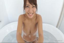 橋本梨菜 お風呂で爆乳の彼女と洗っこ