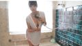 篠崎愛 Tシャツびしょびしょに濡らして身体を洗う