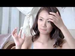 菜乃花 色んなビキニで色っぽくグラビア撮影