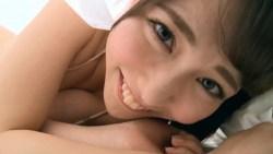 桜井えりな ビキニ姿の激カワ彼女とベッドでイチャイチャおしゃべり